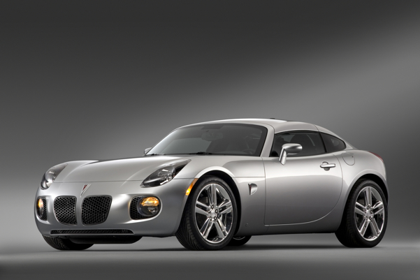 General Motors To Auction Off The Jazz Pontiac Solstice