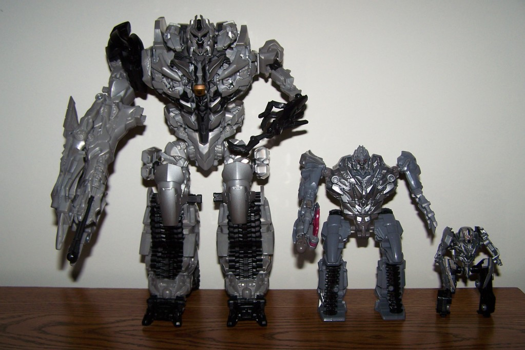 Review of Transformers Revenge of the Fallen Leader Class ...