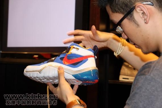 12. 12 New Nike Basketball Transformers Shoes.