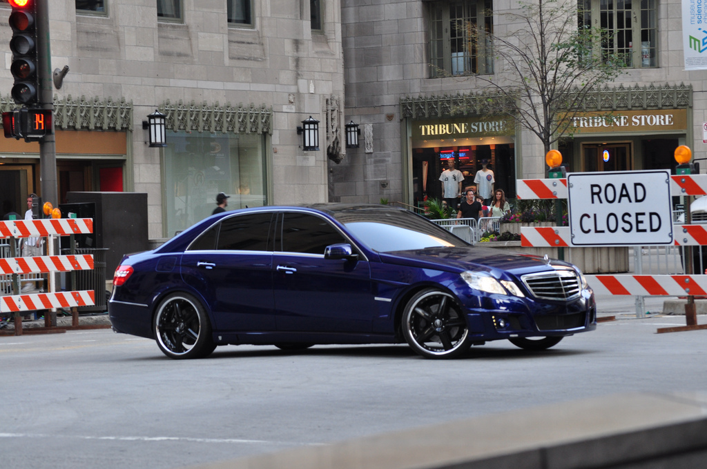 mystery of transformers 3 blue mercedes benz e550 autobot solved