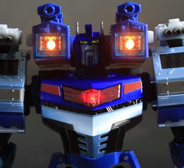 TA27-Ultra-Magnus-Head