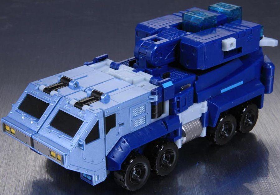 TA27-Ultra-Magnus-VM-1