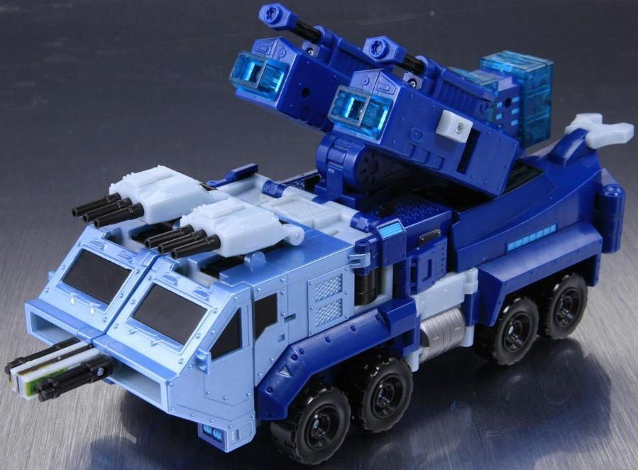 TA27-Ultra-Magnus-VM-2