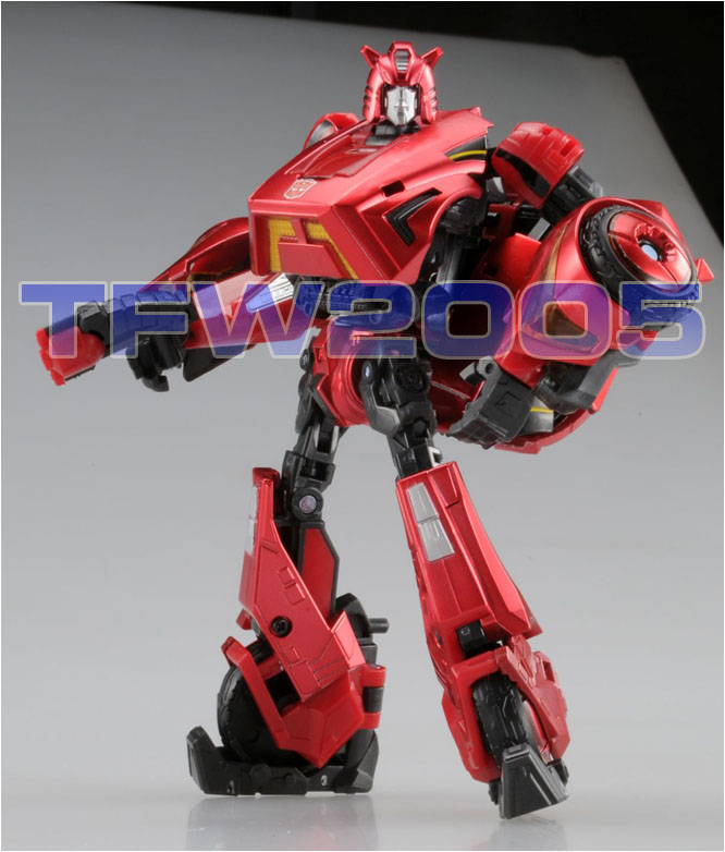 Takara-Transformers-United-Cliffjumper-Cybertron-Mode
