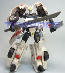Takara-Transformers-United-Drift-Deluxe
