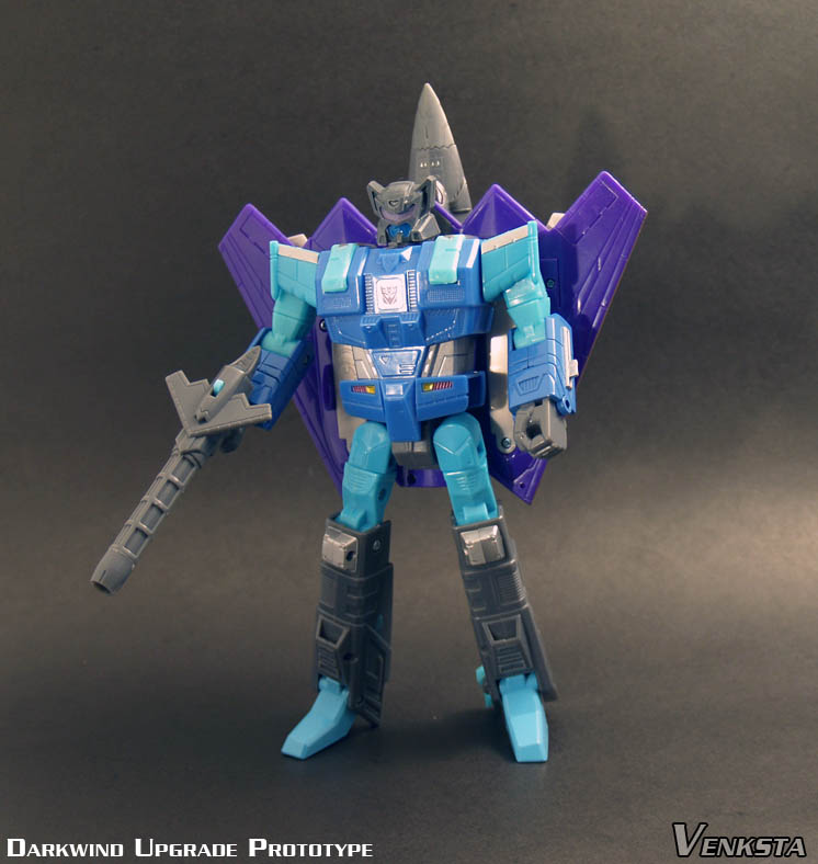 Transformers-Classics-Universe-Darkwind-Upgrade-02