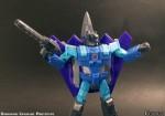 Transformers-Classics-Universe-Darkwind-Upgrade-04