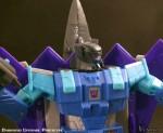 Transformers-Classics-Universe-Darkwind-Upgrade-05