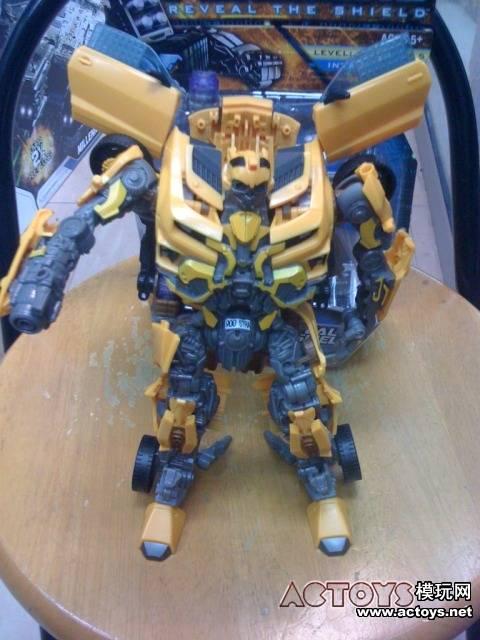 transformers 3 girlfriend. hot girlfriend transformers-3-