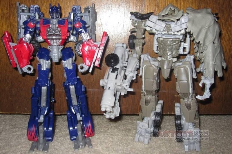 transformers dark of the moon optimus prime pictures. +of+the+moon+optimus+prime