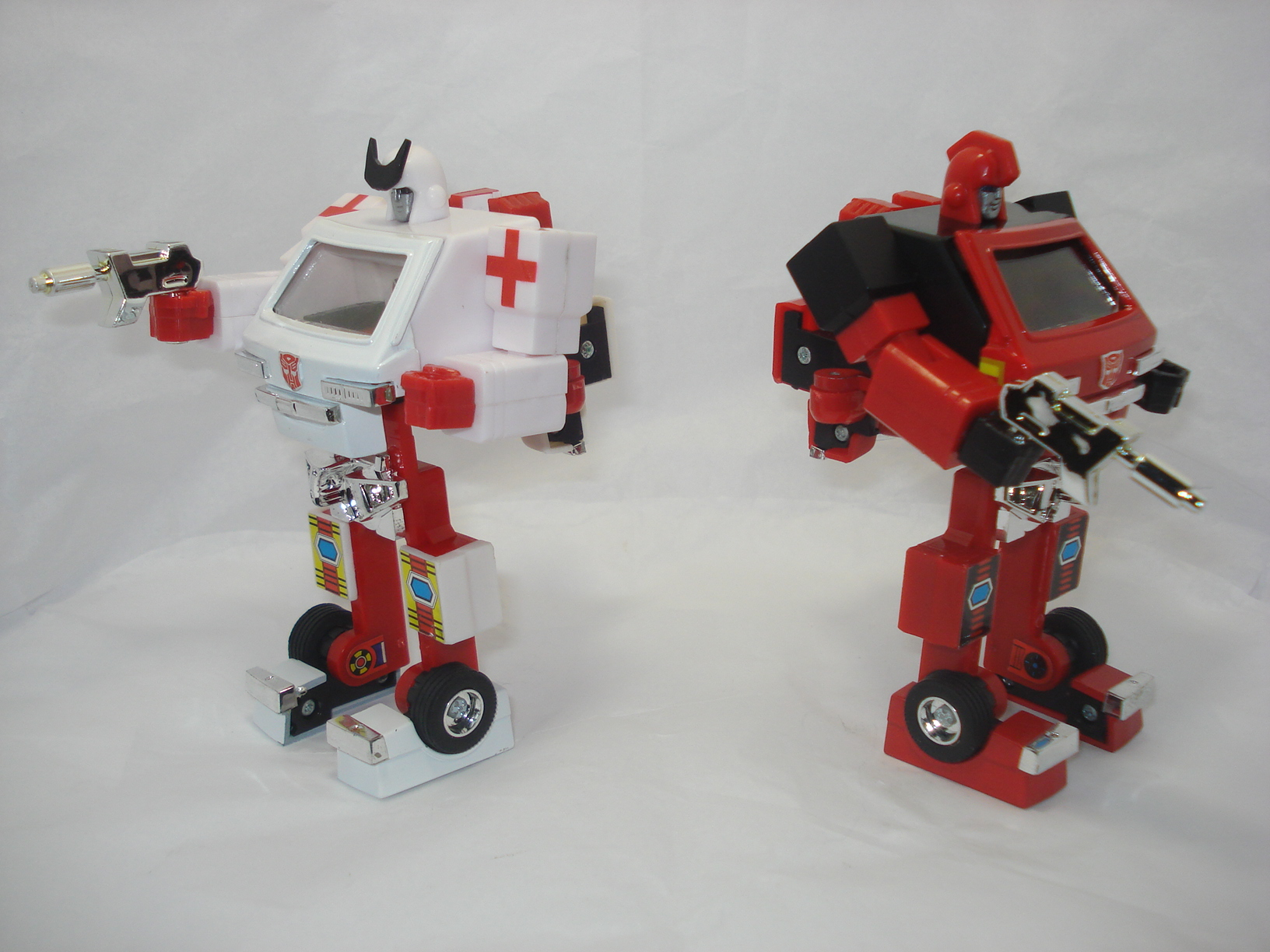 Toys For 4 : Gear toys ratchet and ironhide add on kit images