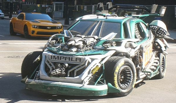 Jouets Transformers 3 - Partie 1 - Page 3 Transformersnascarrobot_1294413841_1294678761
