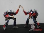 Dark-Of-The-Moon-Walmart-Exclusive-Optimus-Prime-05
