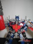 Dark-Of-The-Moon-Walmart-Exclusive-Optimus-Prime-09