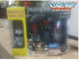 Dark-Of-The-Moon-Walmart-Exclusive-Optimus-Prime-10