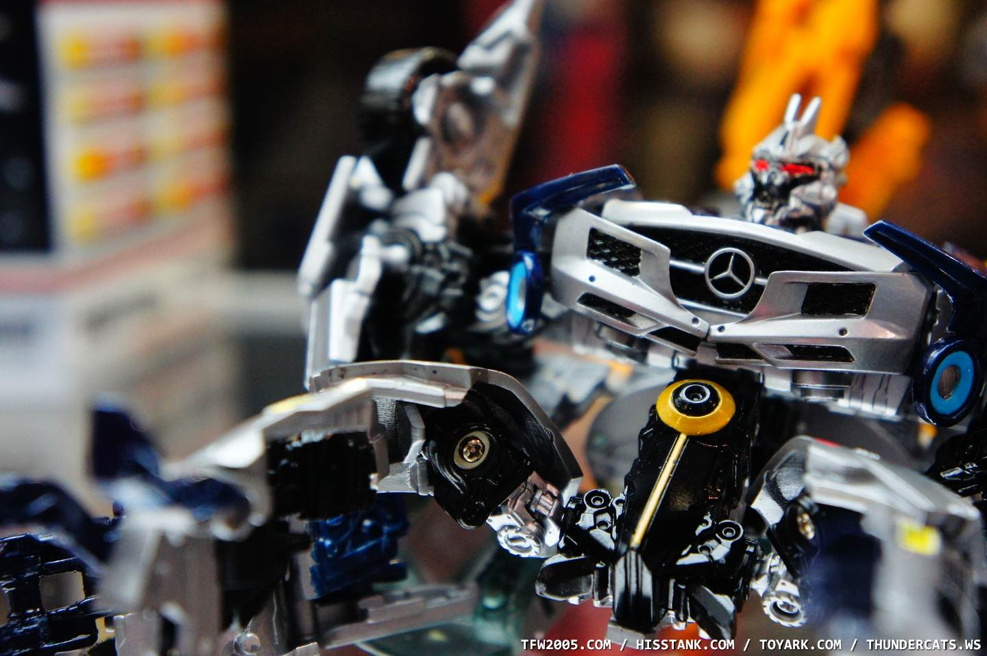 soundwave-sdcc-247