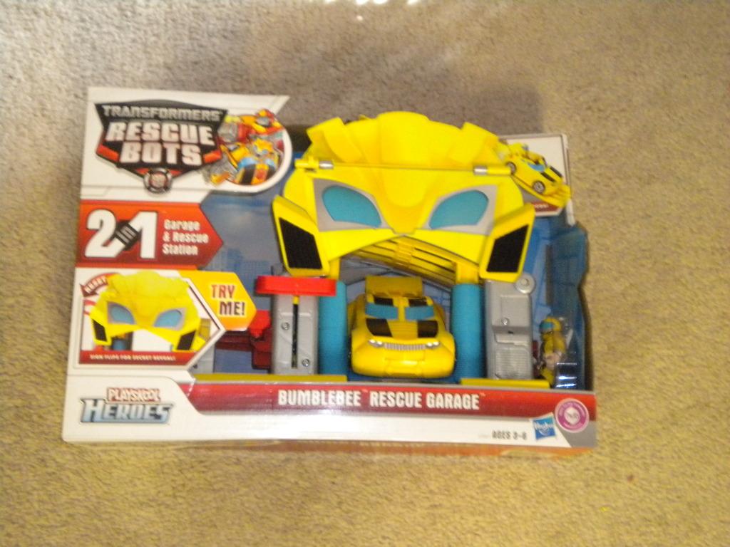 Rescue Bots House Rescue Bots Bumblebee Garage