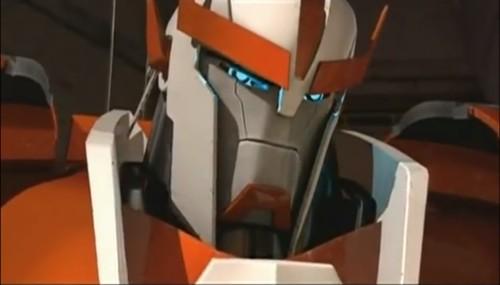 Transformers-Prime-22-Ratchet Transformers Prime 22 Title is Stronger