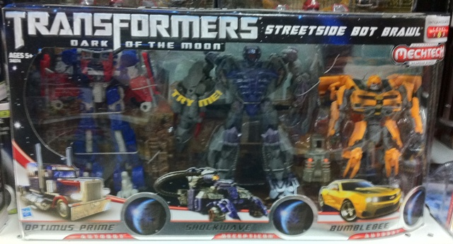 Dark Of The Moon Streetside Bot Brawl Toys R Us Exclusive