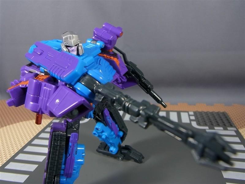 United-Megatron-G2_03
