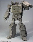 Masterpiece-Soundwave-02