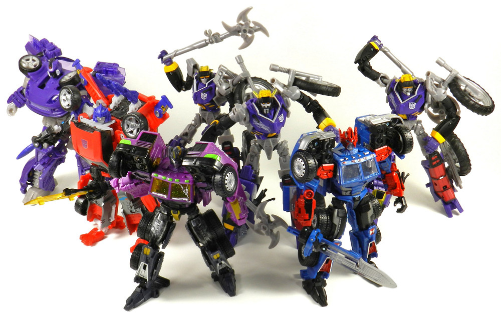 Botcon-2012-Shattered-Glass-Autobot-Group-Shot