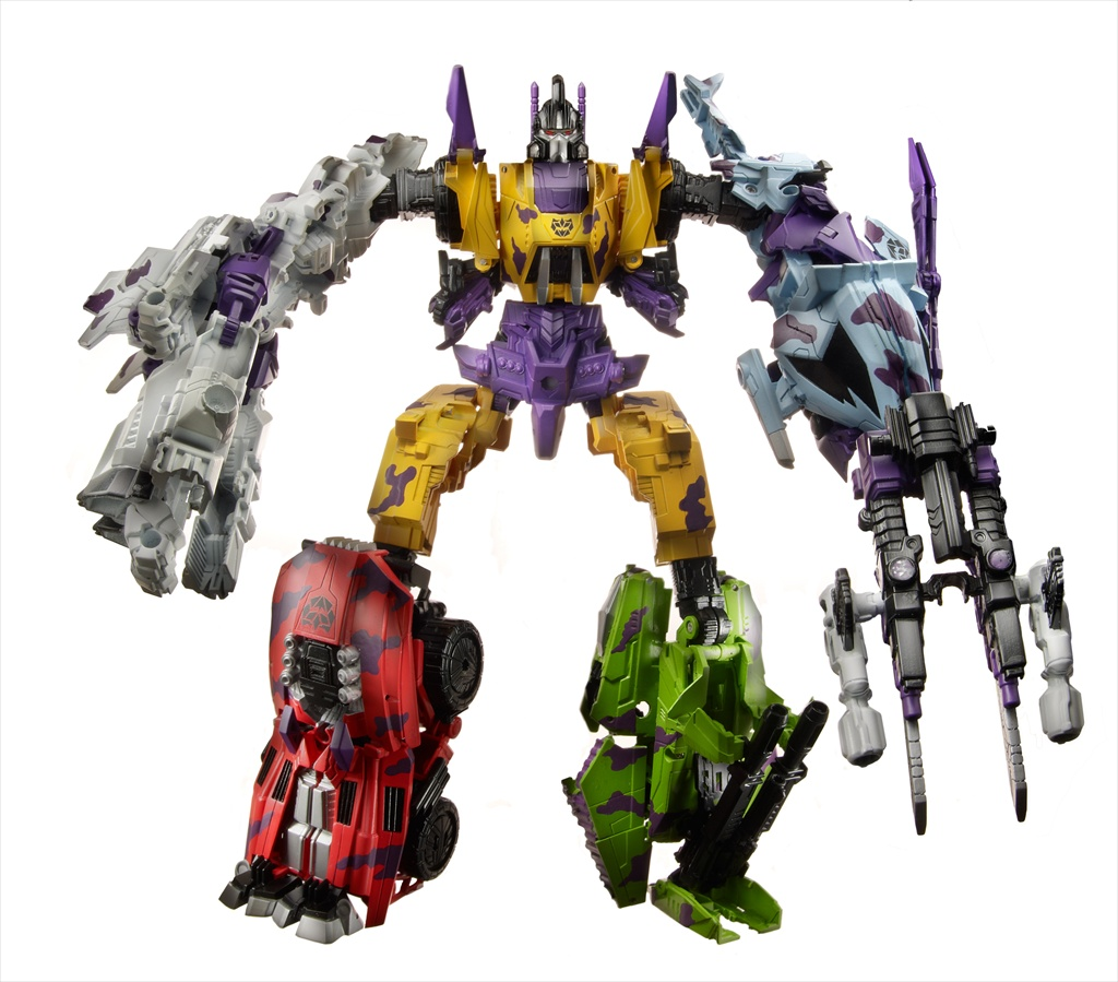 TRANSFORMERS_Exclusives_G2-Bruticus_Amazon_Combined