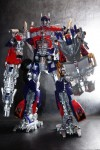 Hasbro-Asia-Striker-Optimus-Prime-05