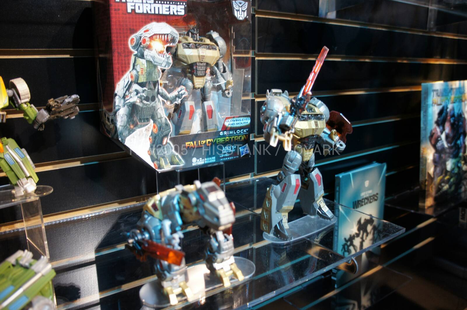 Transformers-Generation-Toy-Fair-2013-001