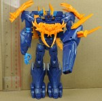 transformers-prime-beast-hunters-Voyager-Class-shockwave-prototype