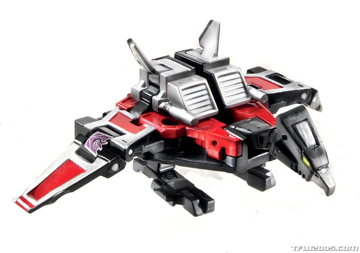 311420-Transformers-Masterpiece-Laserbeak_rs