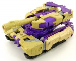 Blitzwing-Tank-03