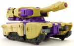 Blitzwing-Tank-09