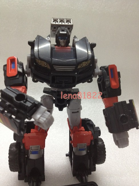 Transformers-Generations-Trailcutter-01