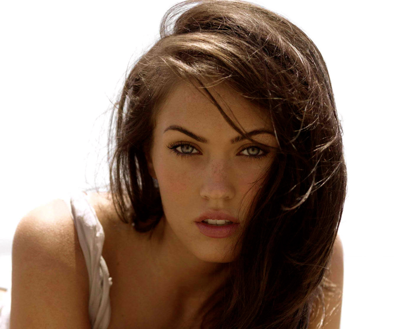 Megan Fox Transformers 4 Michael Bay Megan Fox Back For Transformers 4