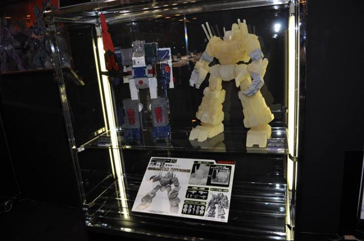 Figurines Transformers G1 (articulé, non transformable) ― Par 3A, Action Toys, Fewture, Toys Alliance, Sentinel, Kotobukiya, Kids Logic, Herocross, EX Gokin, etc 995153_692455167437066_179559162_n_1375006971