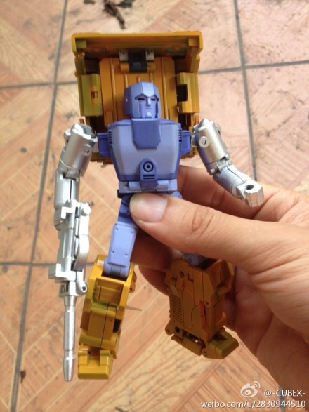 [BadCube] Produit Tiers - Minibots MP - Gamme OTS A8bcc8fejw1e6i5vibw6uj20iu0p5tck_1373577341