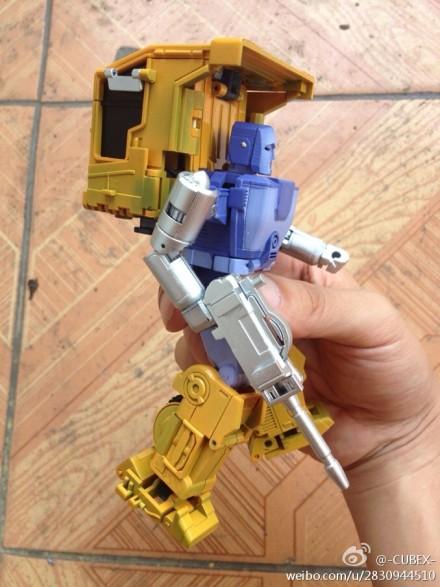 [BadCube] Produit Tiers - Minibots MP - Gamme OTS A8bcc8fejw1e6i5vkq1r8j20iu0p5aeg_1373577341