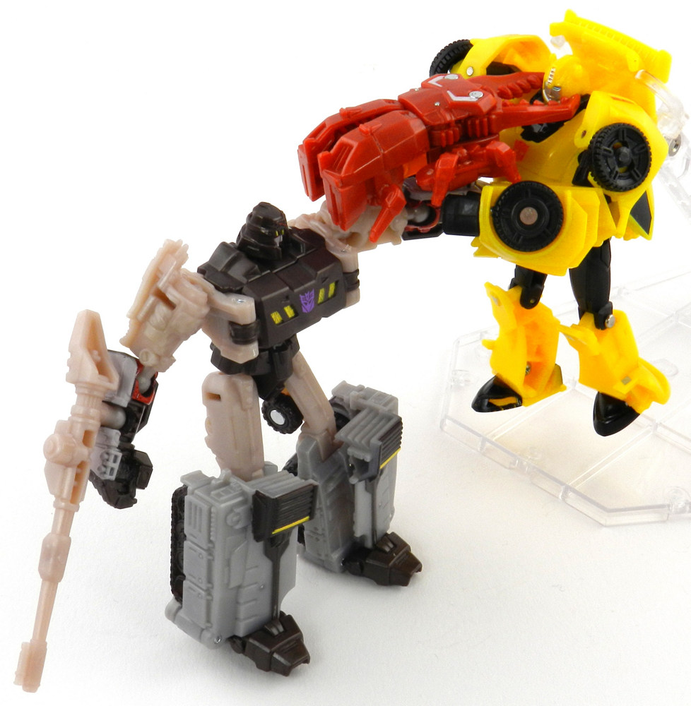 TFW's Generations Legends Megatron and Starscream ...