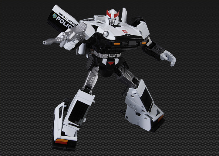 [Masterpiece] MP-17 Prowl/Cervo - Page 2 Prowl-4_1379513503