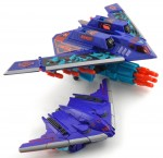 Dreadwing-with-Generation-2-Dreadwing-Stealth-Bomber-1
