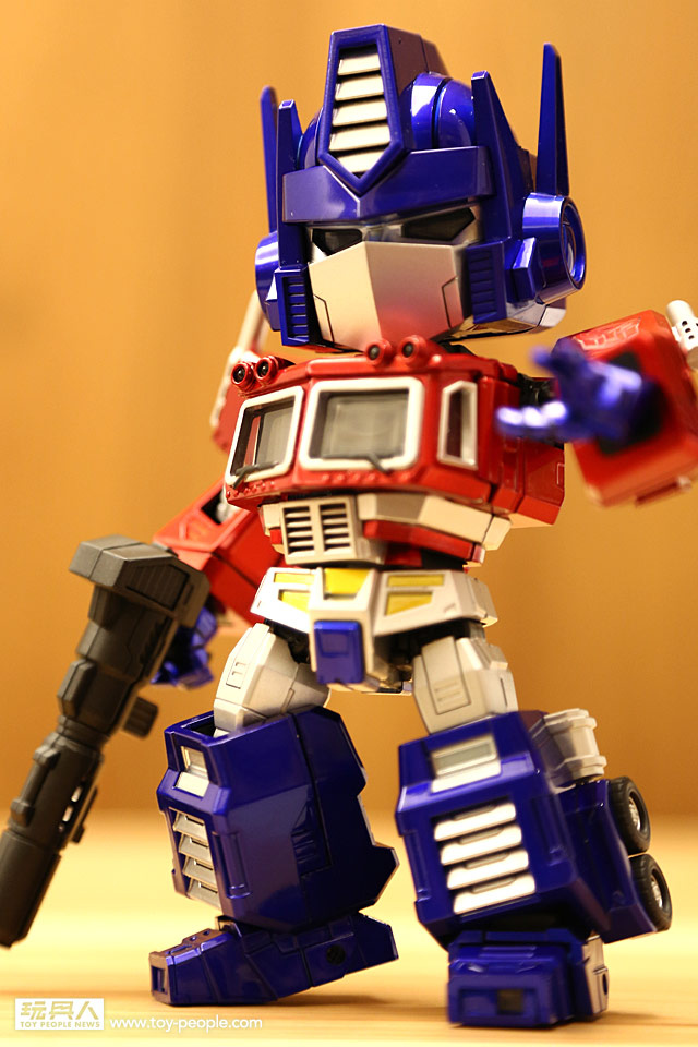 Kids-Logic-SD-Optimus-Prime-001