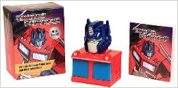 Transformers-Light-Up-Optimus-Prime-Bust-and-Illustrated-Book-With-Sound