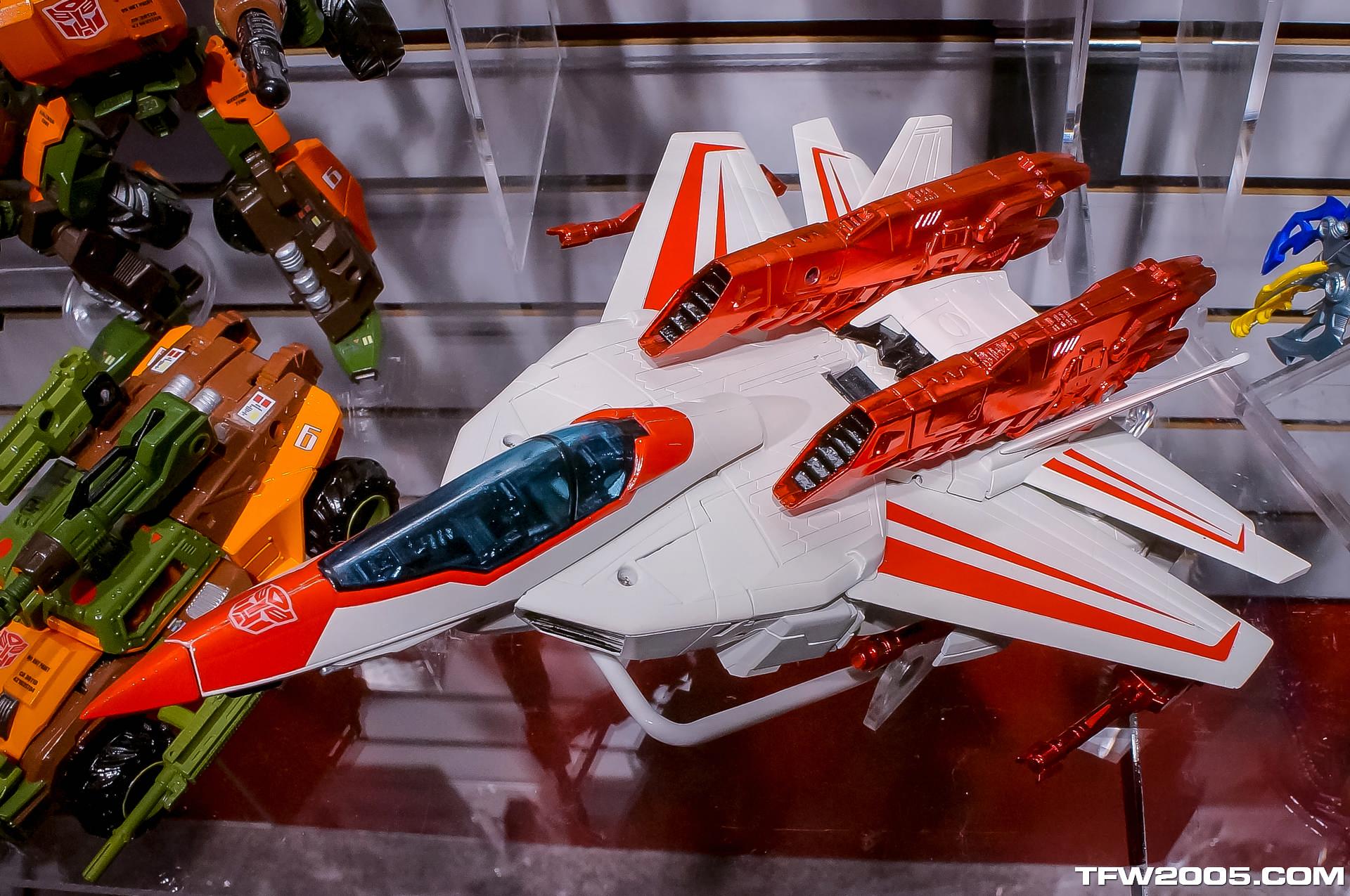 Toy-Fair-2014-Transformers-014