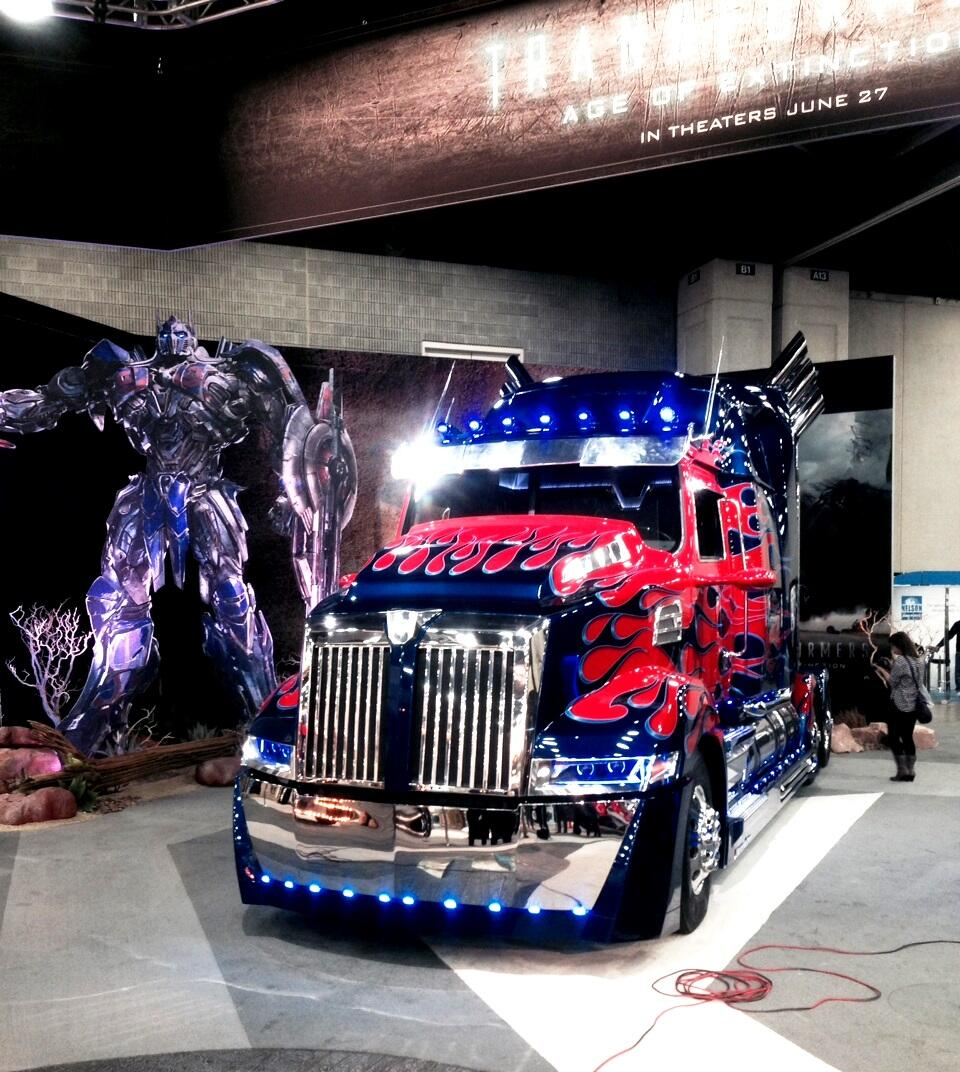 Productdetail in addition View in addition Toy Story Poster likewise Transformers 4 Age Of Extinction Optimus Prime At Mid America Trucking Show 179558 additionally Heng Long Panzer Iv F2 Rc Tank Metal Upgraded Ir. on old rc toy car
