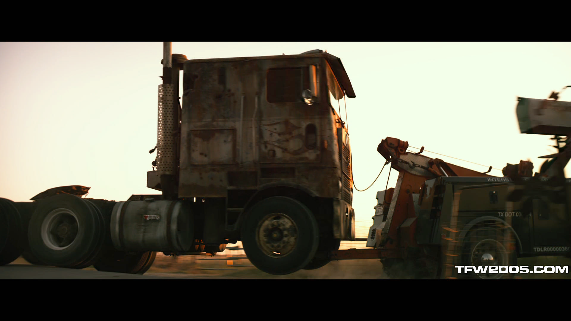 transformers aoe trailer still images hd transformers