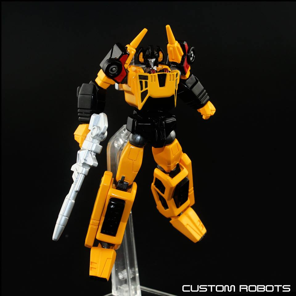 CustomRobots Unofficial Revoltech Sunstreaker & Wheeljack ...