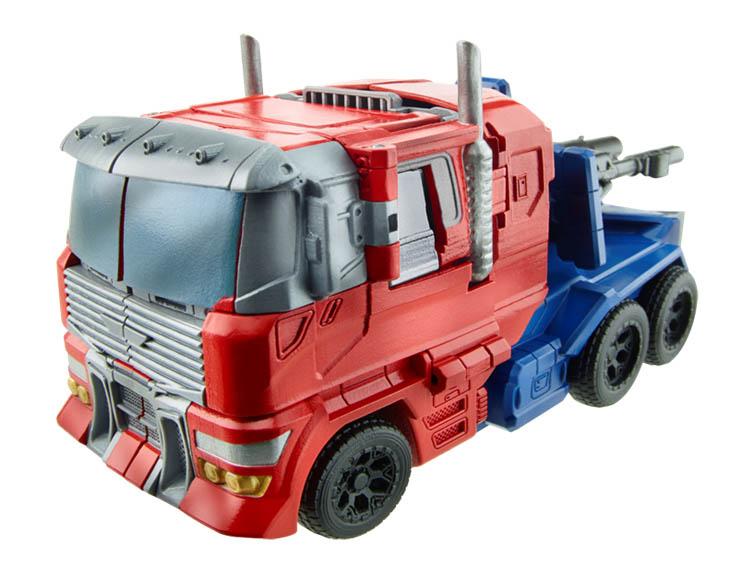 Jouets Transformers Generations: Nouveautés Hasbro - partie 2 - Page 6 Gen-Voyager-Optimus-truck_1403381586
