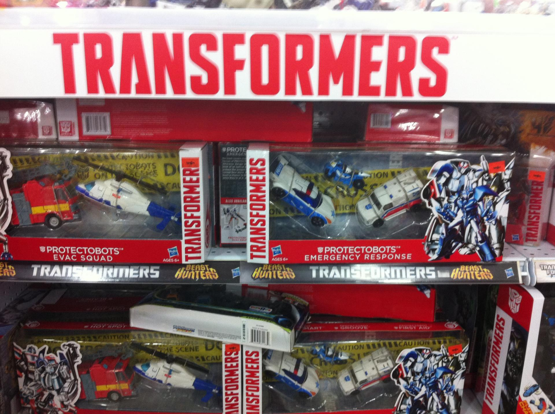 27468868d1411304609-protectobots-sets-found-toy-r-us-malaysia-image