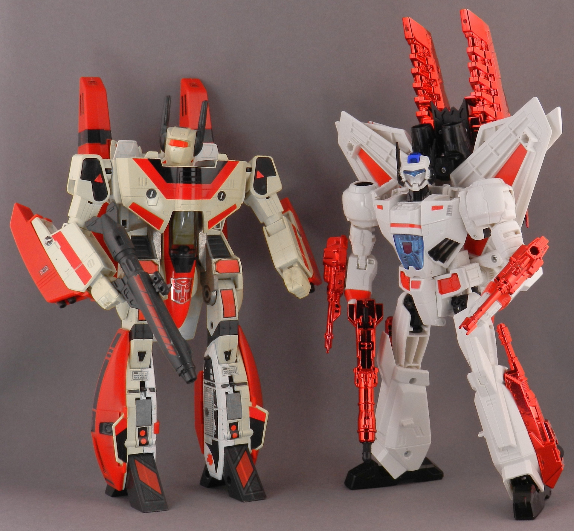 Tfw S Generations Jetfire In Hand Gallery Transformers